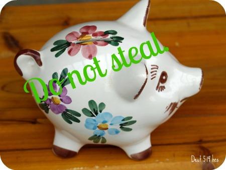 piggy-bank-334536_640